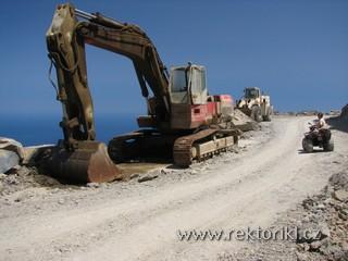 Stavební stroje u cesty